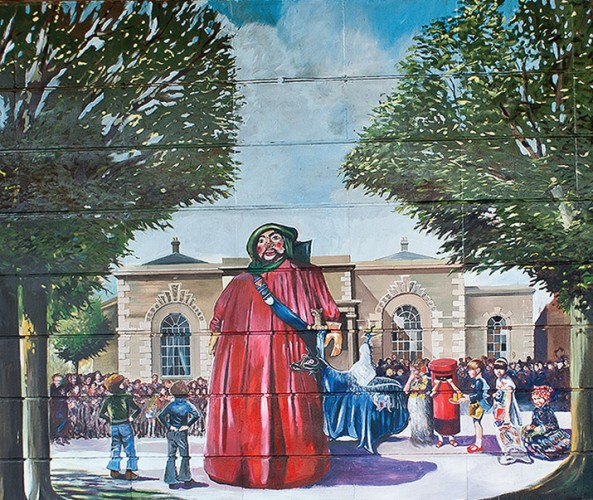 The second scene in the Jubilee Mural, showing celebrations of the Queen's Silver Jubilee in 1977 | Mural by Fred Fieber and Anthony Woodward, photo by Peter Marsh