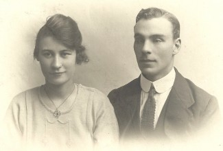 Unlike her sister, Violet, who went to Queensland with her Australian husband, Dorothy Tryhorn did not want to leave her family for a strange country. Therefore, John Evans never returned to Canada after the First World War. | Picture by kind permission of the Jacob family